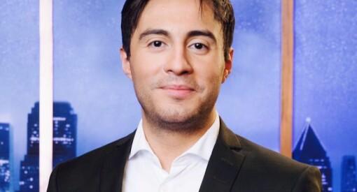 I fjor sluttet Geir Håkonsund etter 12 år i TV 2. Nå har han startet eget selskap - og lager valgkampfilmer for Frp