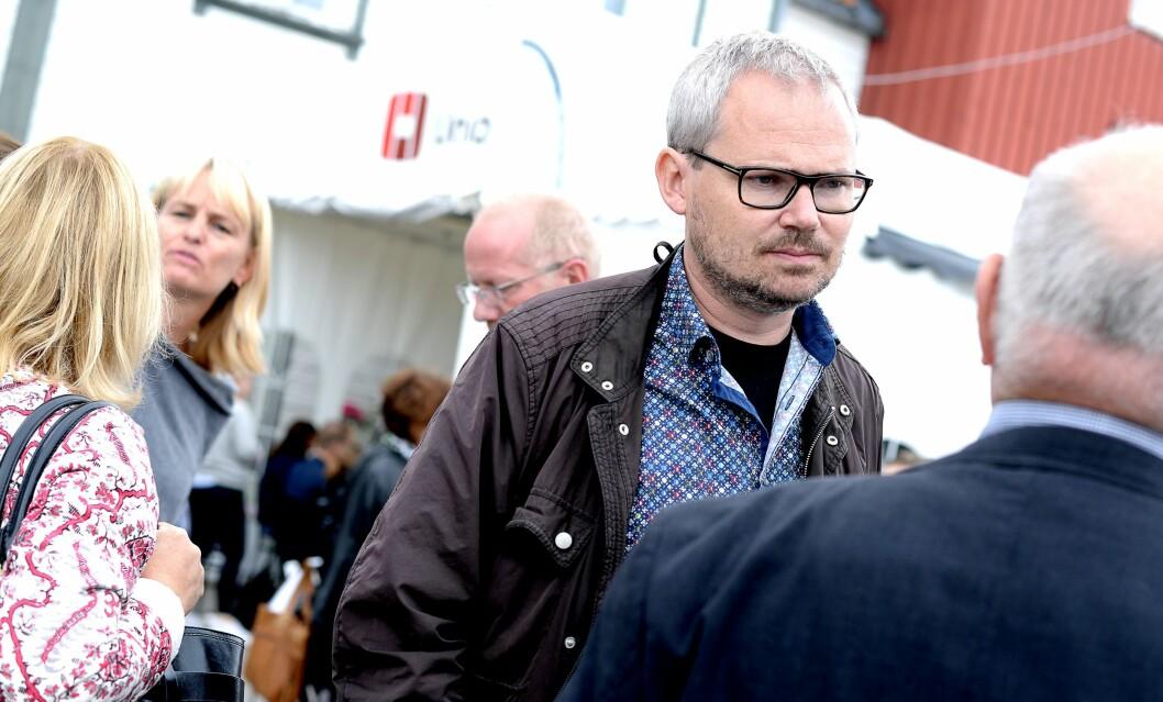 Roar Osmundsen på Arendalsuka forrige uke - her omringet av kolleger i norske medieorganisasjoner.