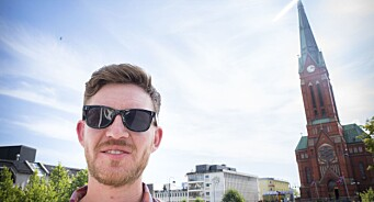 Politisk journalist og nynorskaktivist Jens Kihl (31) forlot SV på en tirsdag og begynte i Klassekampen mandag. Kaller seg «definisjonen på å være venstrevridd»