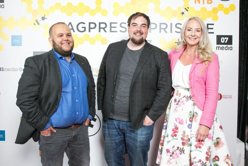 Medier24 på Fagpresseprisene i vår, fra venstre: Redaktør og daglig leder Gard L. Michalsen, vaktsjef og journalist Erik Waatland og kommersiell leder Julie Hansson Tangen.