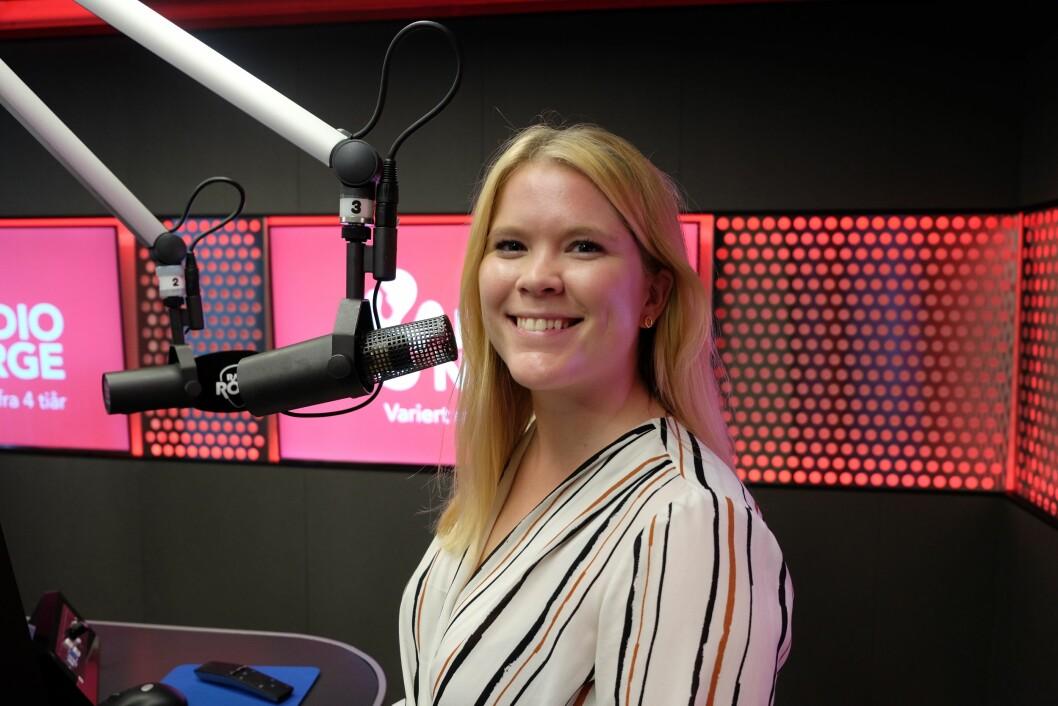 Helene Husvik på plass hos Radio Norge.