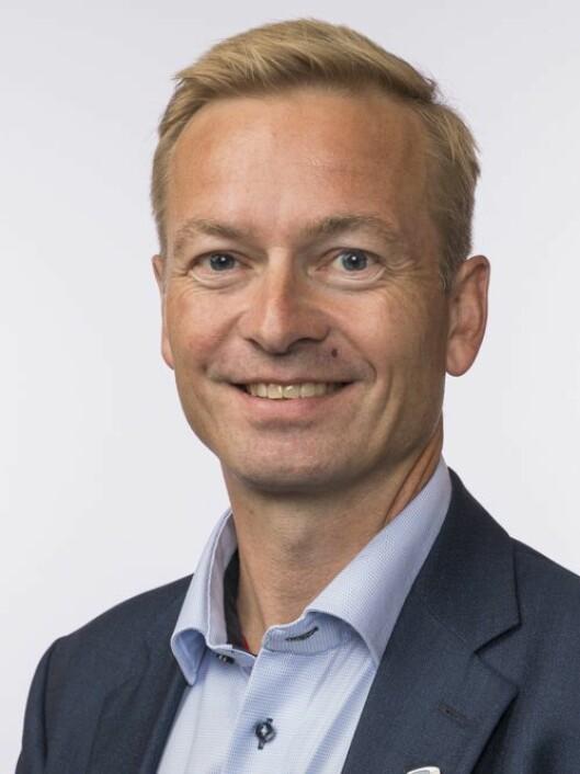 Helge Orten (H) er leder i Transport- og kommunikasjonskomiteen på Stortinget.