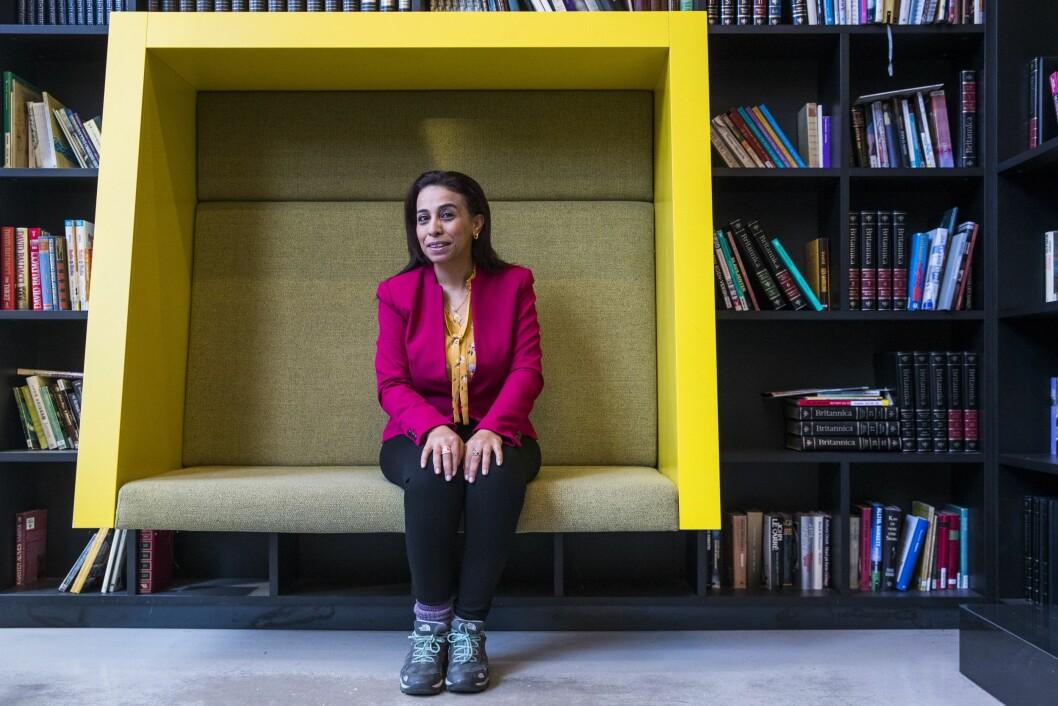 Jeg tenkte alltid at kvinnelige journalister opplever er de samme som andre kolleger. Men de bærer en ekstra byrde, og den snakker man ofte lite om, sier egyptiske Abeer Saady, som holder sikkerhetskurs for kvinnelige journalister både i Midtøsten, afrikanske land og i Asia.