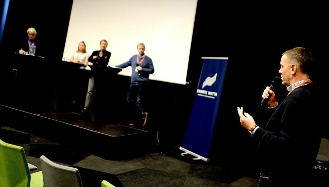 AN-redaktør Jan-Eirik Hanssen med skarp tilbakemelding til hvordan universitetet møtte kritikken.