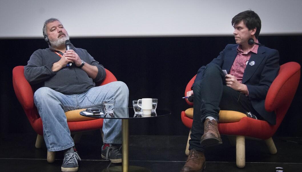 Sjefredaktør Dmitrij Muratov i Novaja Gazeta og styreleder Amund Trellevik i Barents Press Norge.