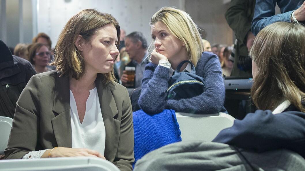 Organisasjons- og kommunikasjonsdirektør Sarah Willand (t.v.) i TV 2. Her under en debatt i Oslo høsten 2017.
