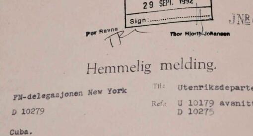 Hva gjorde Norge under Cubakrisen og Vietnamkrigen? Nå har Utenriksdepartementet overlevert 400 nye hyllemetre til Riksarkivet