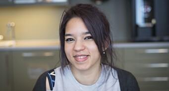 Reem (25) flyktet fra krig i Syria og havnet i Trøndelag. Nå får hun hjelp til å nå drømmen om å bli journalist