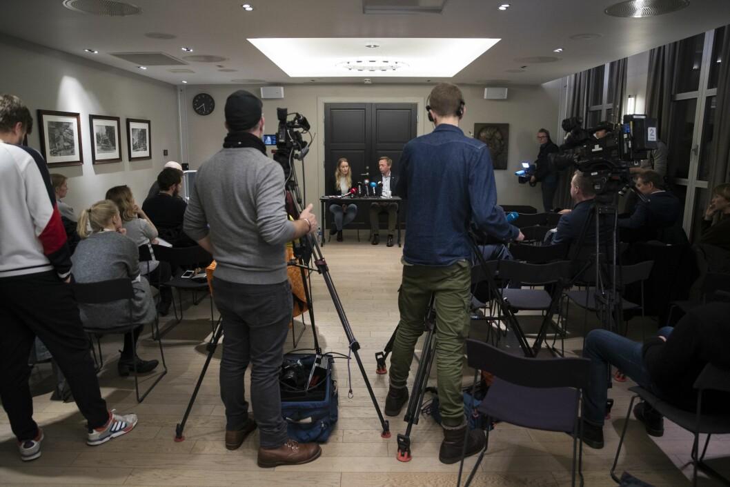Fungerende leder i Unge Høyre Sandra Bruflot og Høyres generalsekretær John-Ragnar Aarset orienterte pressen om varslersakene i Unge Høyre på en pressekonferanse 16. januar.