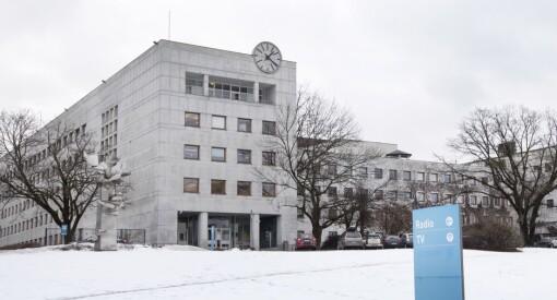 Treneren ble anklaget for seksuell trakassering - nå slutter han som fotballkommentator i NRK. Sier belastningen ble for stor