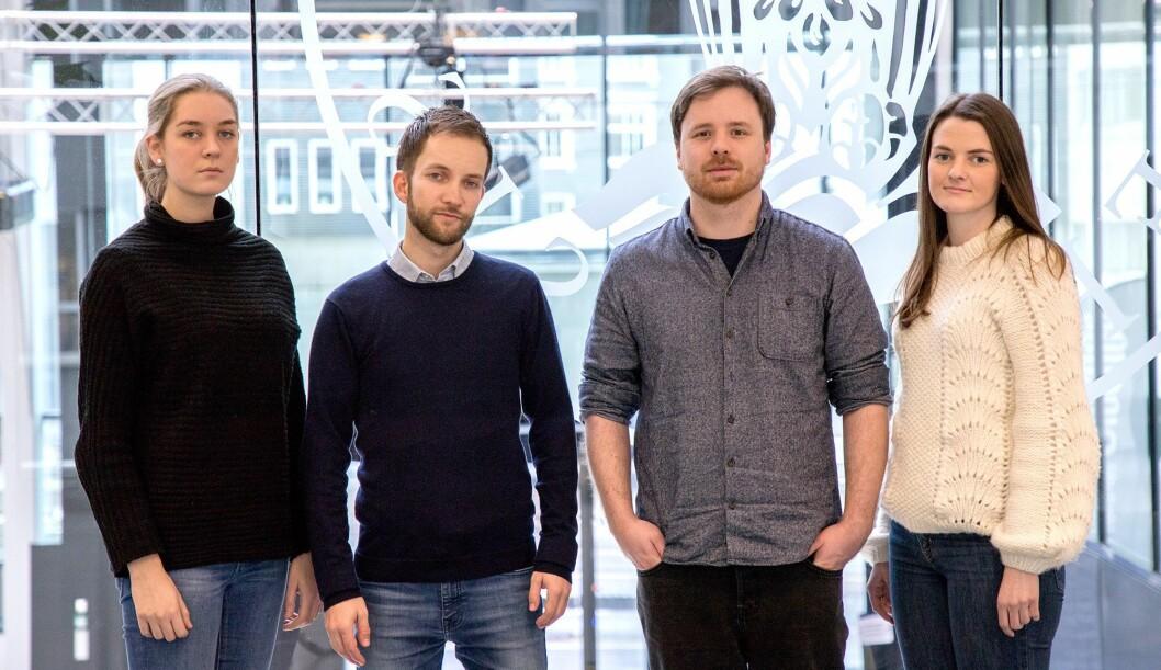 De har formulert journalistikkens Vær Dristig-plakat. Fra venstre: Johanna Magdalena Husebye, Paul André Sommerfeldt, Robert Nedrejord, Katrine Nordanger Mjelde.