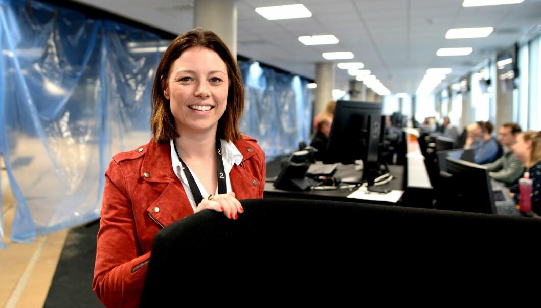 Organisasjons og kommunikasjonsdirektør i TV 2, Sarah Willand, forteller at mediehuset innførte testregime i forrige uke. Her er hun avbildet i TV 2s lokaler i Oslo - før koronapandemien.