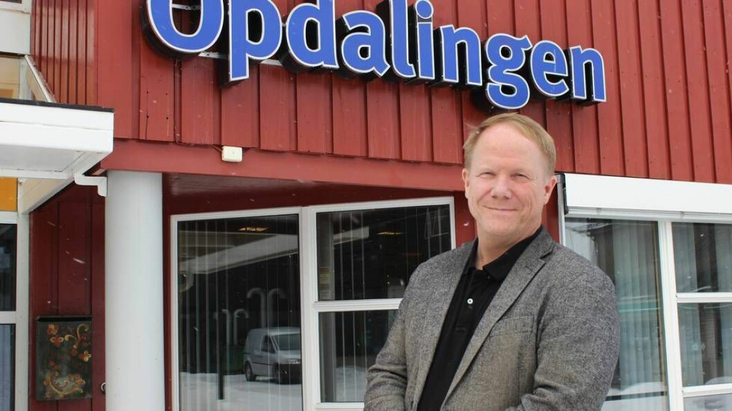 Tore Aasheim gir seg som redaktør for lokalavisa Opdalingen.