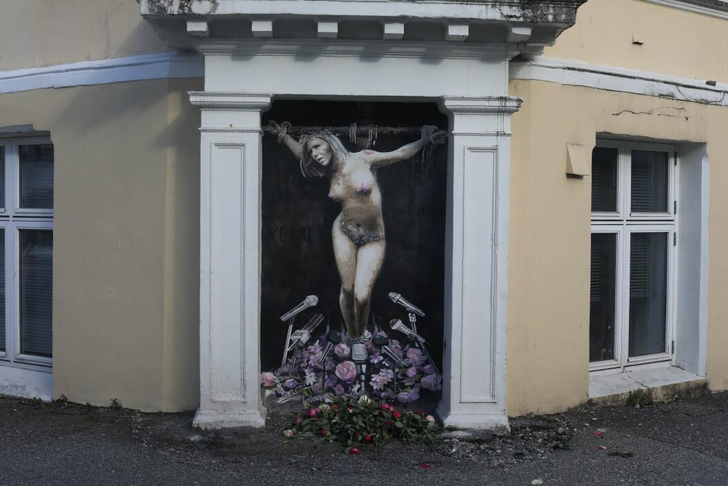 Natt til 2. Påskedag har gatekunstneren malt et veggmaleri av Sylvi Listhaug på hjørnet mellom Hans Holmboe gate og Fosswinkelsgate i Bergen.