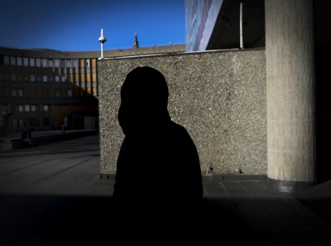Kvinnen på bildet opplevde seg trakassert og mobbet i fagbladet Journalisten. Først da hun varslet tredje gang til Norsk Journalistlag ble det registrert som et varsel.