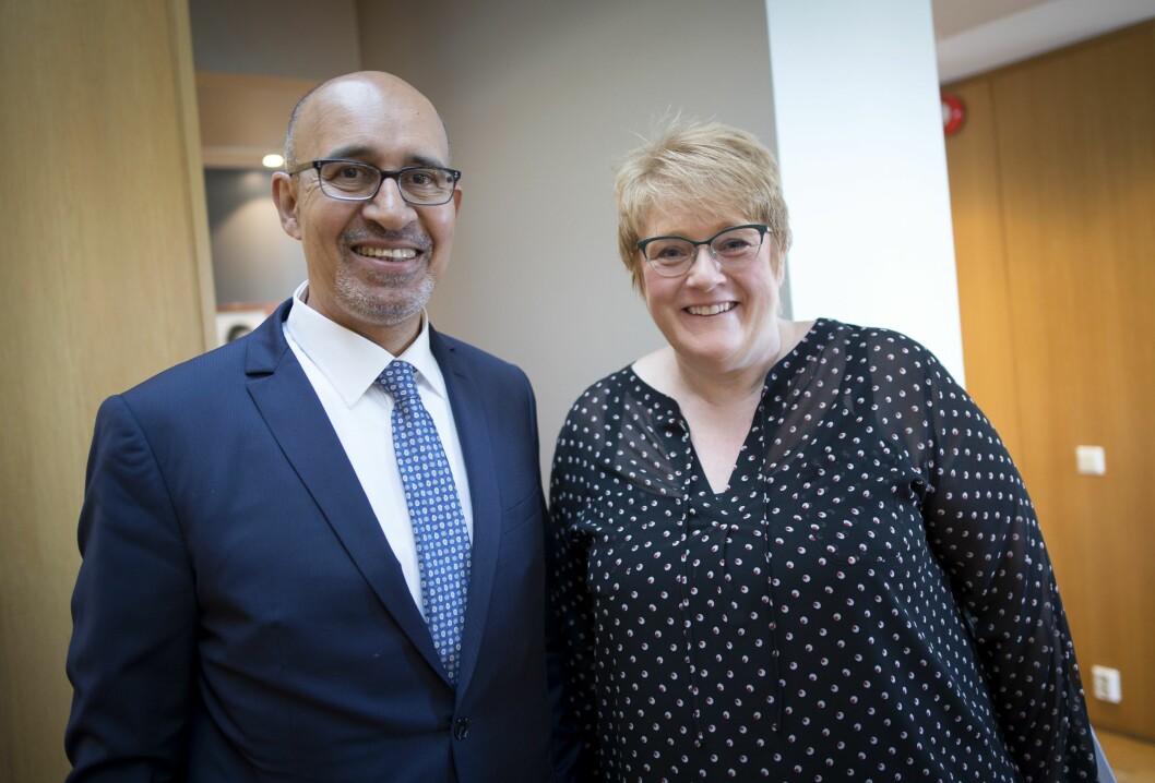 OSSE-representant Harlem Désir, jobber med pressefrihet. Her sammen med kulturminister Trine Skei Grande i Kulturdepartementet onsdag morgen.