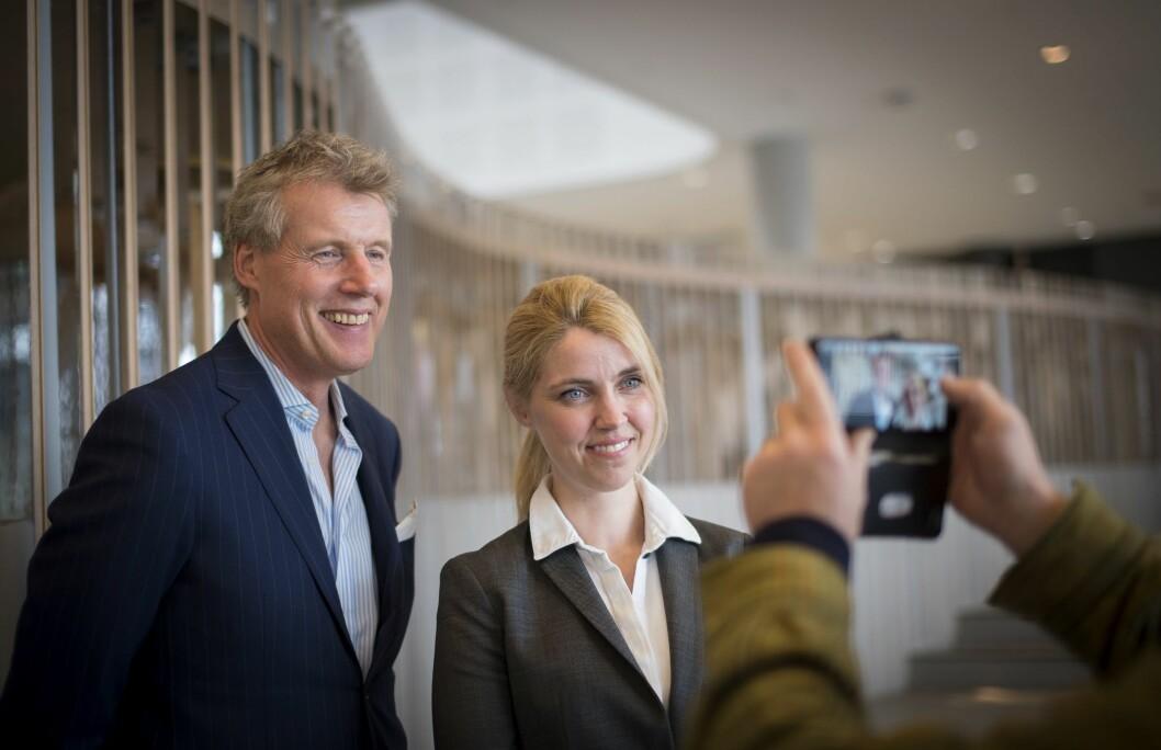 Konsernsjef Dag Sørsdahl i Aller Media med sjefredaktør og adm. dir Alexandra Beverfjord i Dagbladet.