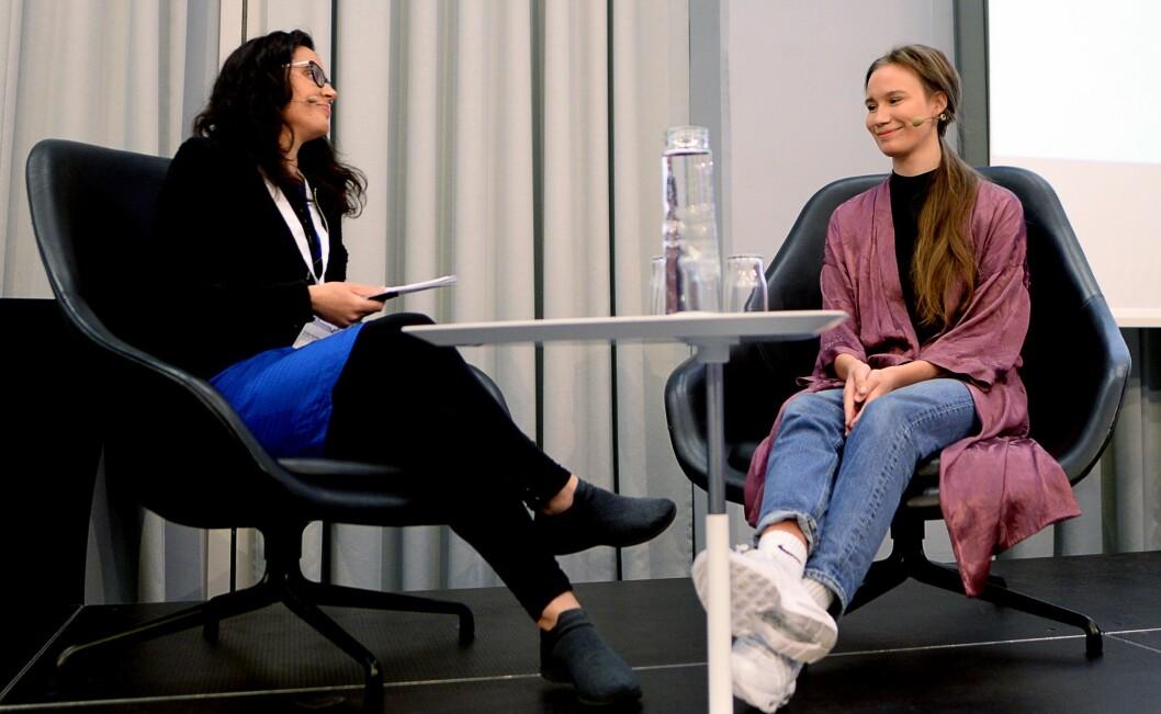 Sunniva Andreassen ble intervjuet på konferansen i Bergen onsdag, av konferansier Frøy Gudbrandsen.