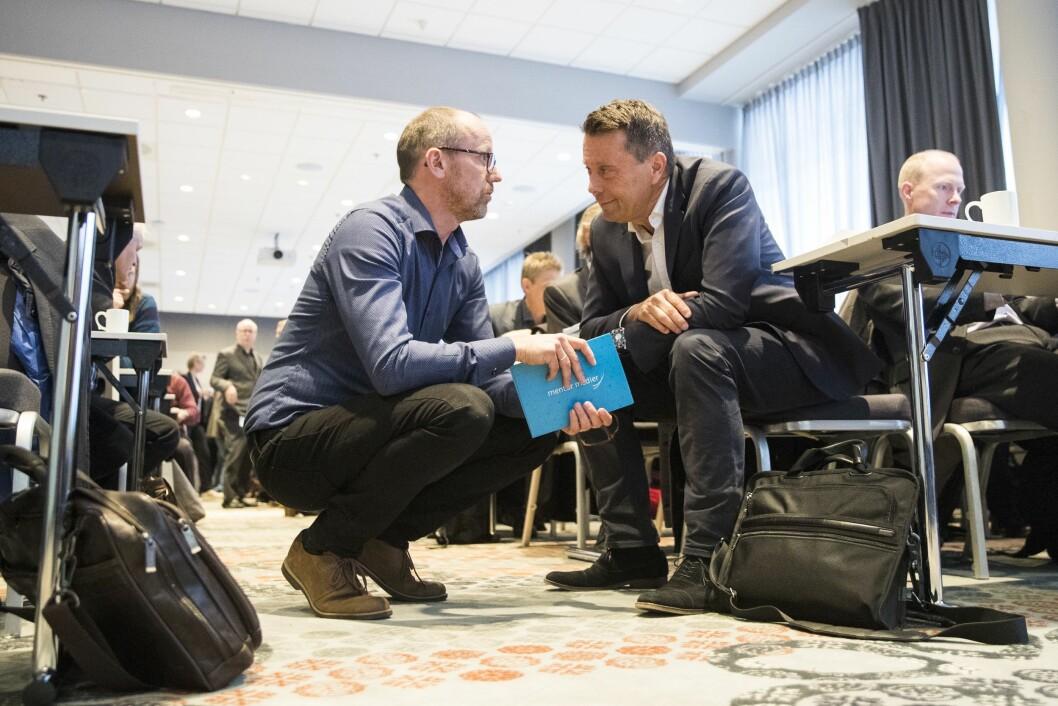 Konsernsjef Per-Magne Tveiten (t.v.) og avtroppende styreleder Tomas Brunegård før forrige ukes generalforsamling i Mentor Medier.
