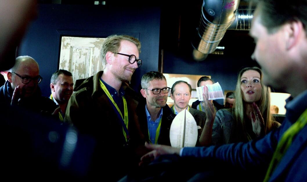 Erlend Hausken fikk prisen på pizzabaren Hoggorm i Bergen, rett overfor Grieghallen.