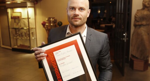 Thomas Frigård skrev den sterke artikkelserien «Min fetters selvmord». Fredag fikk han pris fra Akershus Journalistlag for saken