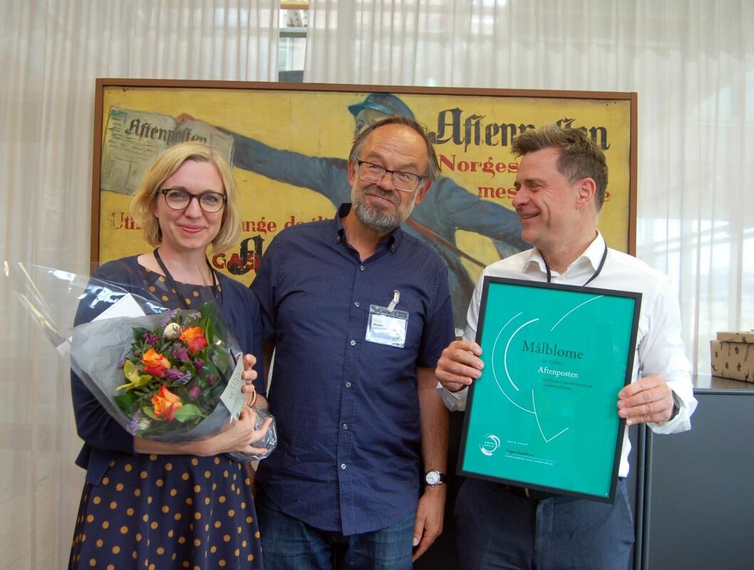 God stemning når Aftenposten opnar for nynorsk. Frå venstre: Kulturredaktør Sarah Sørheim, Magne Aasbrenn, leiar i Noregs Mållag - og Espen Egil Hansen, sjefredaktør i Aftenposten.