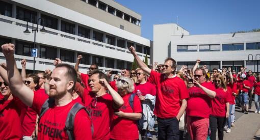 Infoansatte streiket som journalister: De jobber med rådgivning og PR for NRK - men får likevel være medlem i NJ