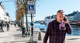 Det går hardt for seg i aviskrigen på Sørlandet. Men det hjelper at journalistene bare får 800 kroner per sak