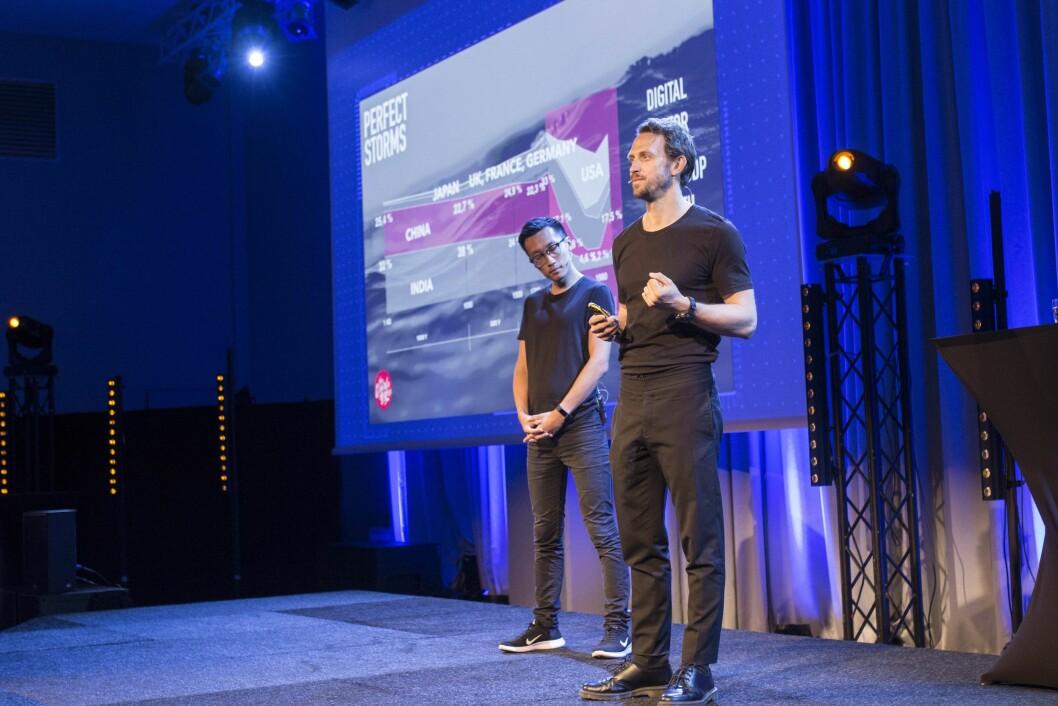 Tom Xiong og Jacob Lovén på Mcb Tech-konferansen i Bergen torsdag.