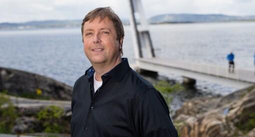 I avisa Frøya har Tore Strømøy hatt ledig fast stilling i et år, men knapt kvalifiserte søkere