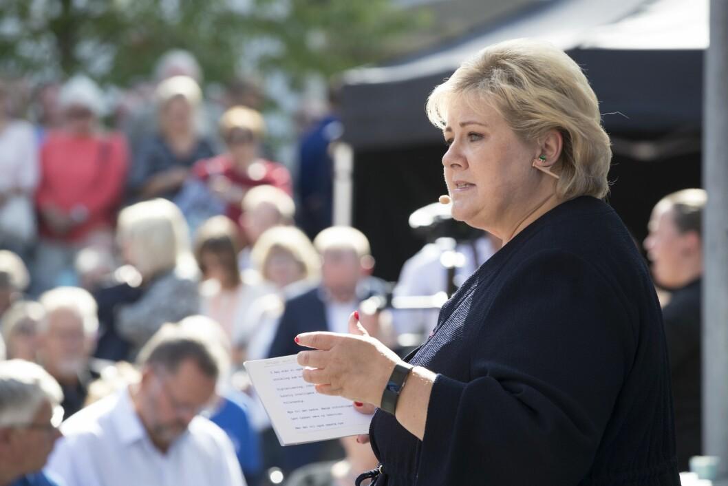 Solberg på Høyres partitiime på Kanalplassen i Arendal.