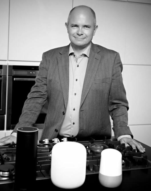 De nye smarthøyttalerne vil typisk bli brukt på kjøkkkenten tror daglig leder i nyopprettede Norsk Radio AS, Ole Jørgen Torvmark. Eksempler på smarthøyttalerne som er ventet til Norge innen kort tid er fra v. Amazon Echo, Apple HomePod og Google Home.
