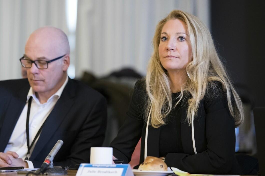 Kringkastingssjef Thor Gjermund Eriksen og rådsleder Julie Brodtkorb (H) under et møte i Kringkastingsrådet i NRK-bygget på Marienlyst i Oslo.