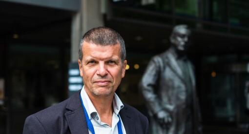– Vi har måttet velge bort mye på både på kvantitet og dels på kvalitet, sier Aftenposten-klubbleder etter Stanghelles spark mot Schibsted