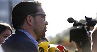 SVT fikk kritikk for å ta avstand fra Sverigedemokraterna. Nå vil de slutte med politiske markeringer