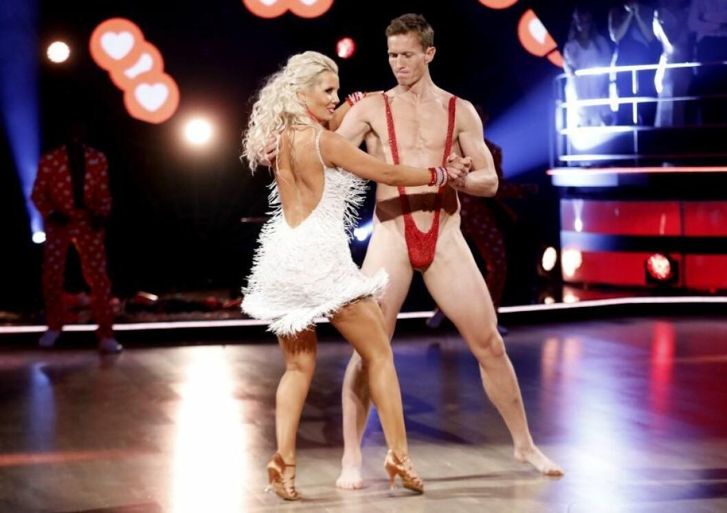 Realitykjendis og håndballspiller Frank Løke får ikke lenger delta i «Skal vi danse» på TV 2 - på grunn av denne opptredenen.