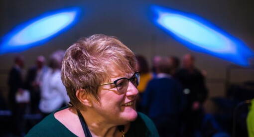 Kulturminister Trine Skei Grande er taus om VG-saken, men pressen selv erkjenner tillitskrisen