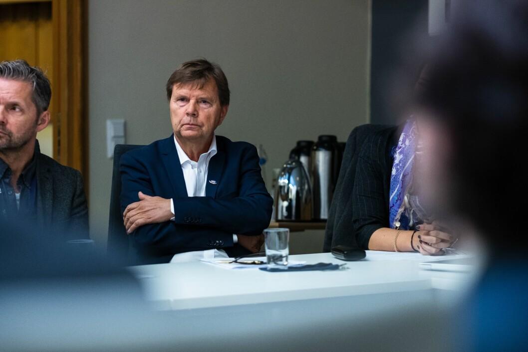 Svein Larsen i Radio Metro er en av Norges største FM-entusiaster. Her avbildet på rundebordskonferansen om DAB, som Kulturdepartementet arrangerte.