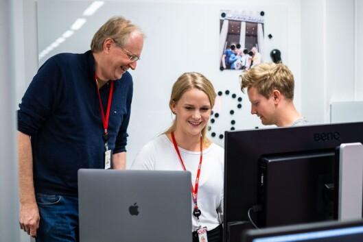 Stian Bråthen (t.v.), Kristina Kinne og Eirik Tufteland Kroken i heftig debatt om en snap de lager.