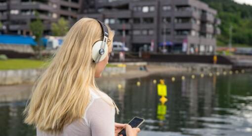 NRK Innafor har sjekket: Seks av ti unge kvinner har mottatt «dickpics»