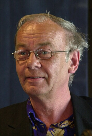 Forfatter Tor Fretheim - her fra en prisutdeling i 2002. Foto Per Løchen / SCANPIX