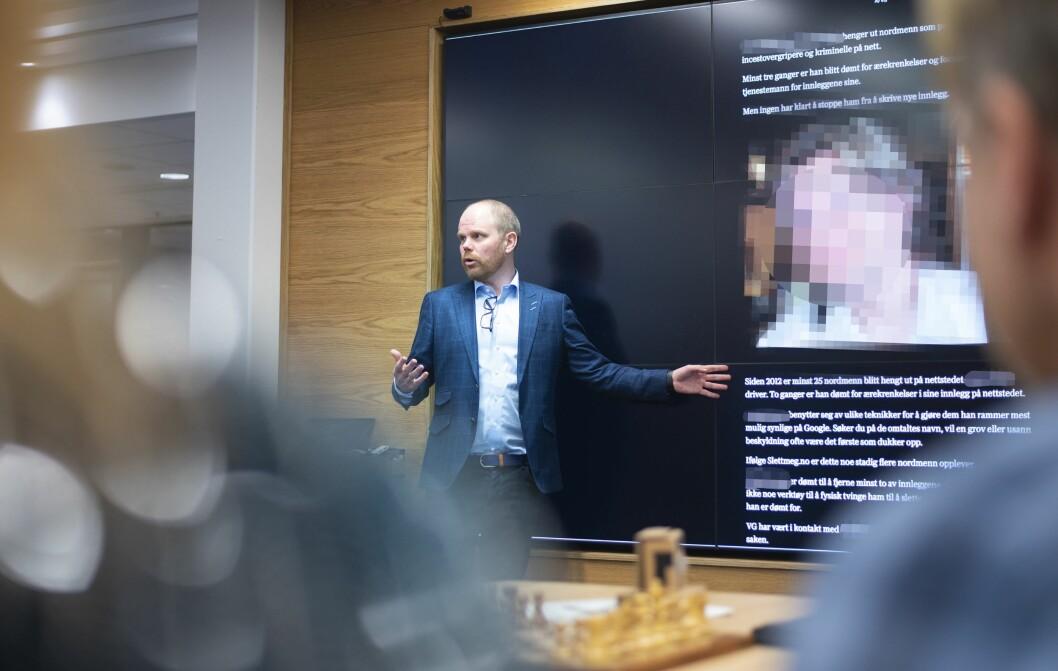 Sjefredaktør Gard Steiro i VG presenterte tirsdag for sine ansatte bakgrunnen for hvorfor de valgte å identifisere mannen. Medier24 har valgt å ikke identifisere - og har derfor sensurert ham.