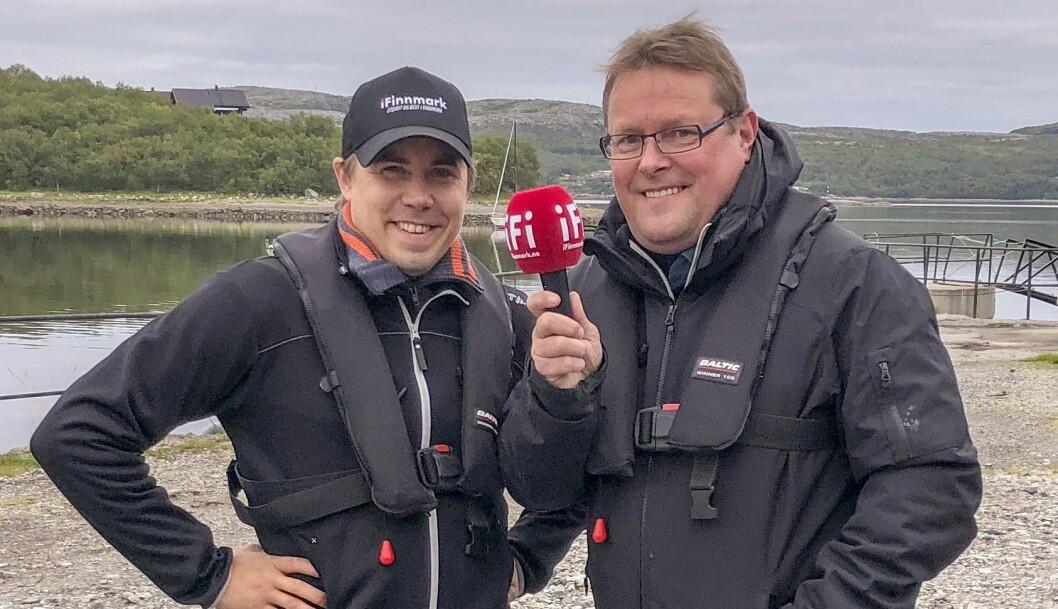 Odd-Marcus Grøtte Pedersen (t.v) og iFinnmark-journalist Tom Ivar Lunga under Arctic Race of Norway sommeren 2018. Foto: Stian Eliassen