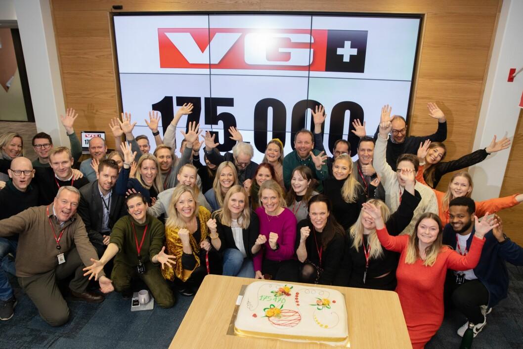 VG+-redaksjonen feirer 175.000 betalende abonnenter.