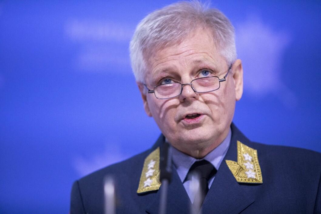 Sjef for Etterretningstjenesten, generalløytnant Morten Haga Lunde presenterer vurdering. Foto: Ole Berg-Rusten / NTB Scanpix