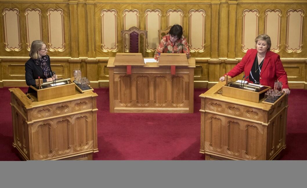 Arkivfoto: Statsminister Erna Solberg får spørsmål fra Anniken Huitfeldt under spørretimen på Stortinget.Foto: Ole Berg-Rusten / NTB Scanpix
