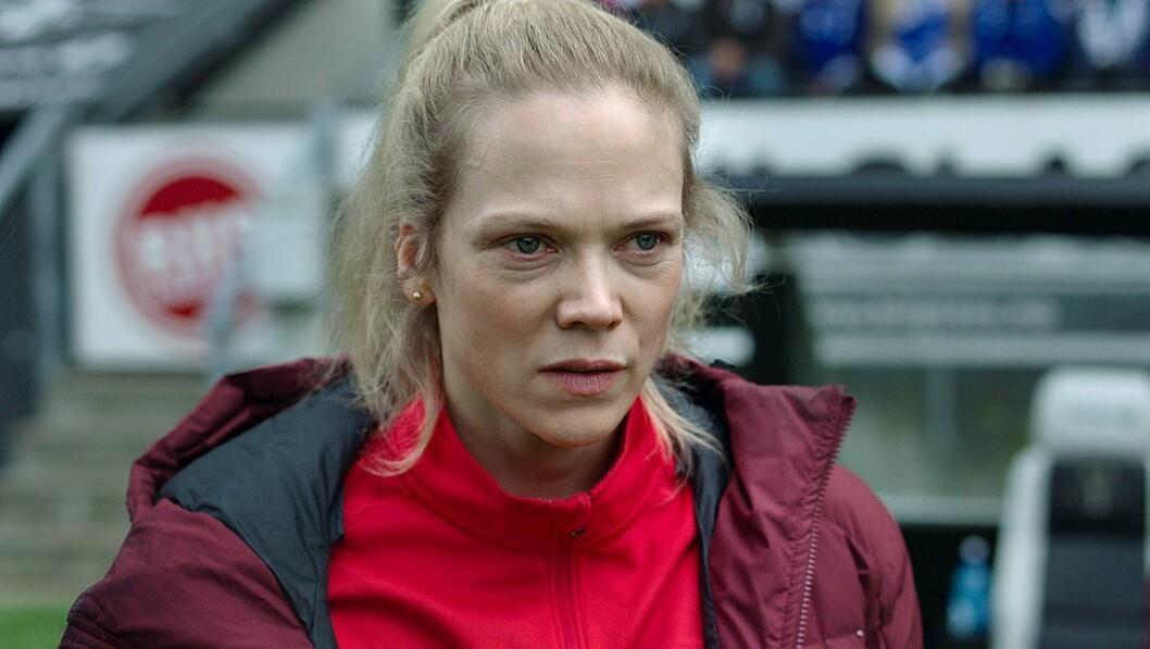 Trener for Varg i serien Heimebane, Helena Mikkelsen, spilt av Ane Dahl Torp.