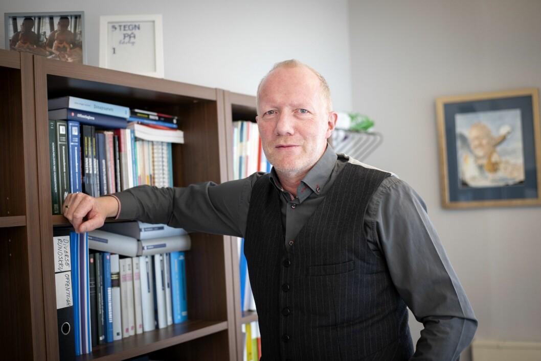 Generalsekretær Arne Jensen i Norsk Redaktørforening er ikke glad for at det ble oppdaget feil i et program som hjelper norske redaksjoner med å hente ut data fra skattelistene.