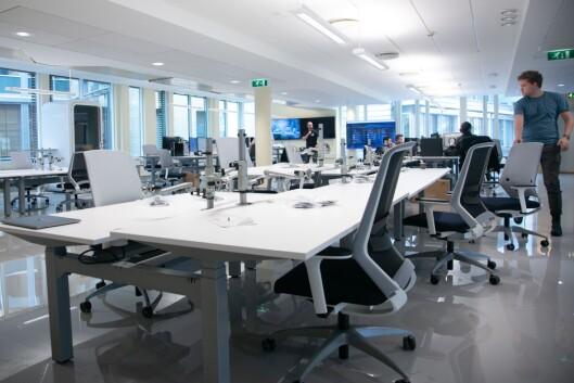 Finansavisens «news room» på Smestad i Oslo. Til høyre er Jon Trygve Hegnar i Hegnar Media.
