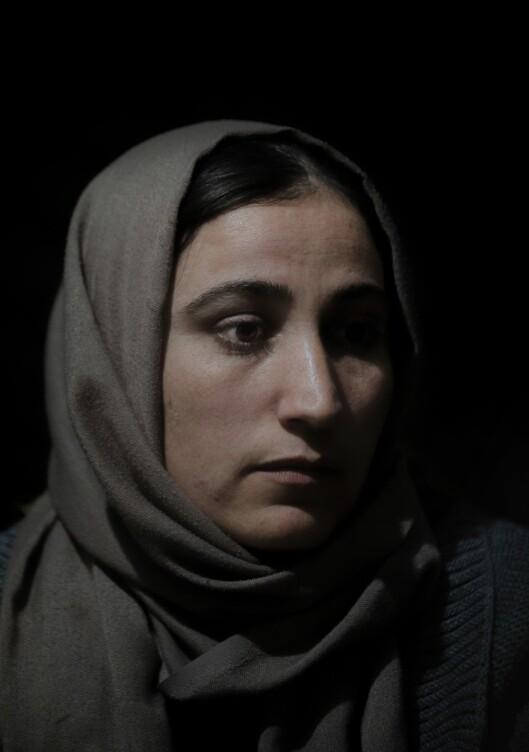 Jesidikvinnen Ahlam (26) fra Tel Kasab i Sinjar slapp ut av IS-fangenskap i slutten av september2018, etter fire år som slave. Hun ble kjøpt av tre ulike menn. .